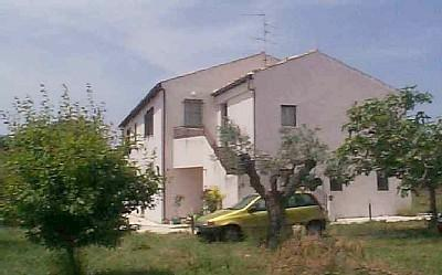 seen from East - seaview hilltop farmhouse - Marche - rentals