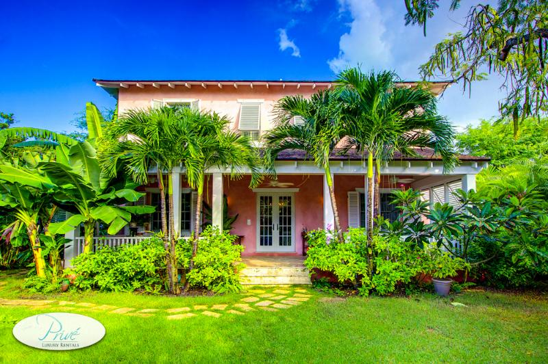 Tropic Cottage of Old Fort Bay - Image 1 - United States - rentals