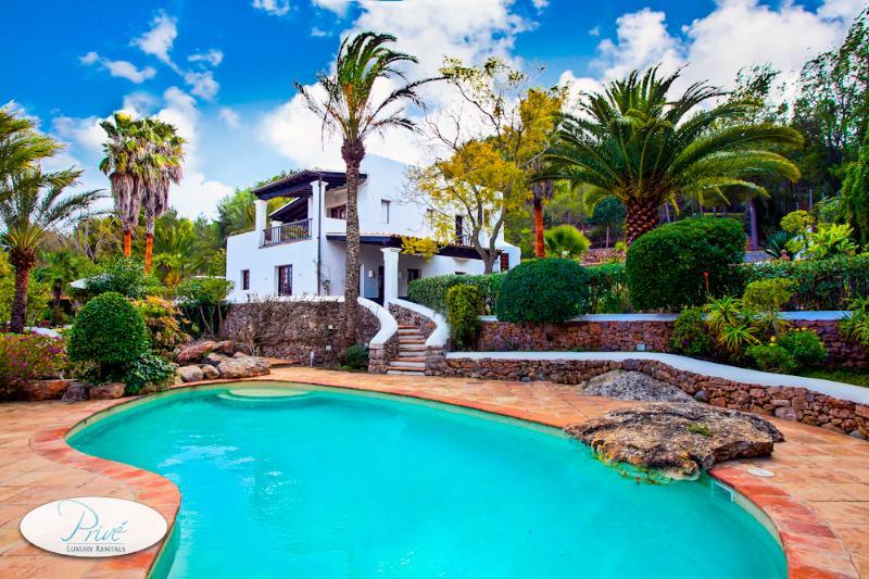 Santa Eulalia Villa Cerro - Image 1 - Santa Gertrudis - rentals