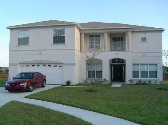 Front Exterior View of Home - CL6P5426CMC 6 BR Luxury Pool Home with Tranquil Views - Orlando - rentals