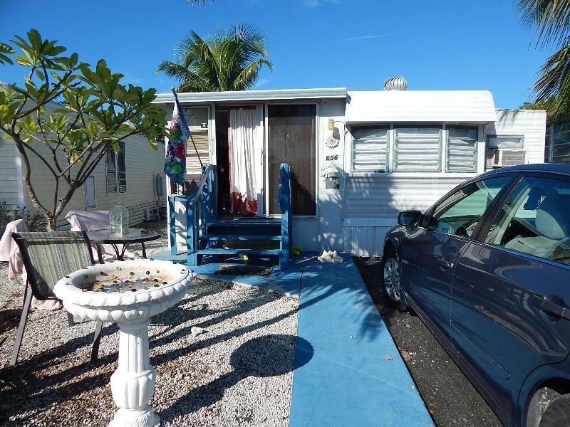 Lot 656 - Mobile Home in Venture Out Sleeps 5 Mile Marker 23 - Cudjoe Key - rentals