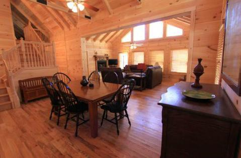 dining, den area - Janie's Rock-sleep 9/TV/fireplace/jacuzzi tub - Sapphire - rentals