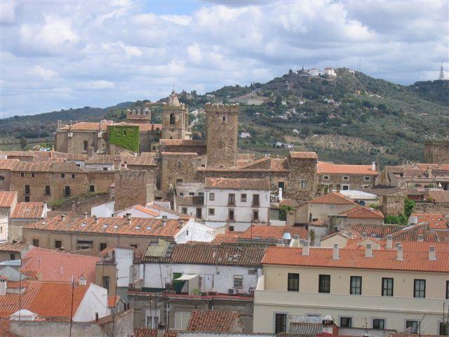 view from balcony of medieval city - big sunny flat with great views - Province of Caceres - rentals