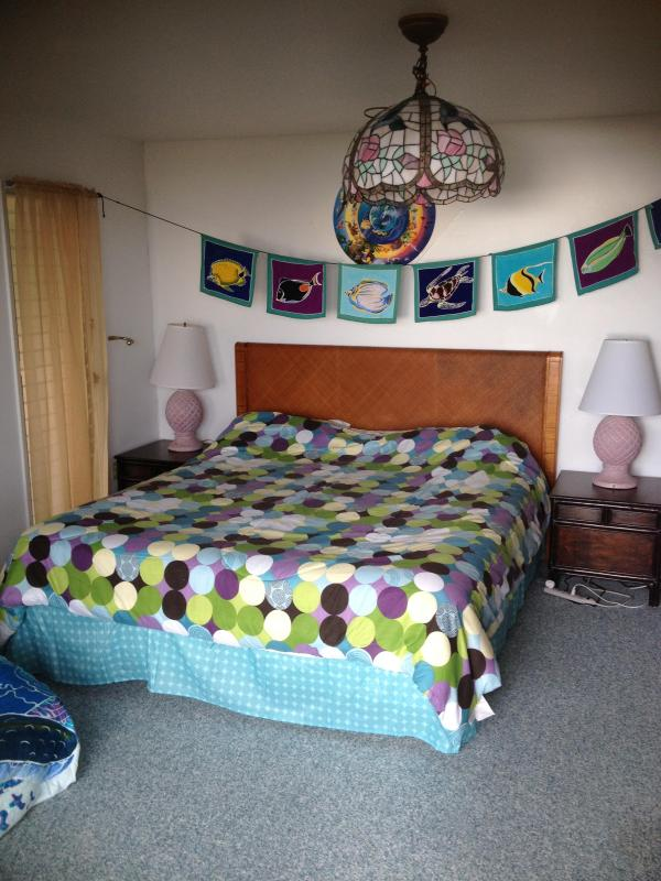 the new king sized bed - Wild women of the Sea rm Breakfast Supplies - Kailua-Kona - rentals