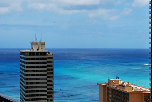 Zoomed in view - Ocean View Updated Condo in the heart of Waikiki - Honolulu - rentals