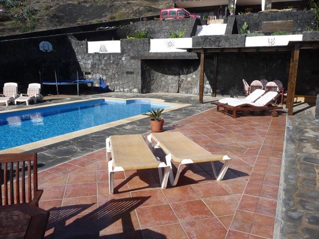 Holiday Apartment Oasis de La Asomada - Image 1 - Lanzarote - rentals