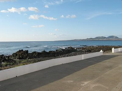 Holiday Bungalow Casita del Mar - Image 1 - Lanzarote - rentals