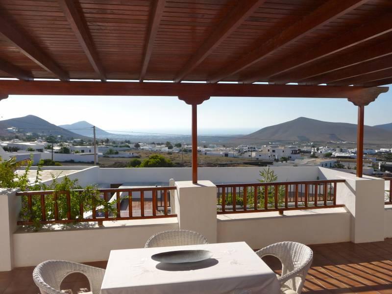 Holiday Villa Inma de Nazaret - Image 1 - Lanzarote - rentals