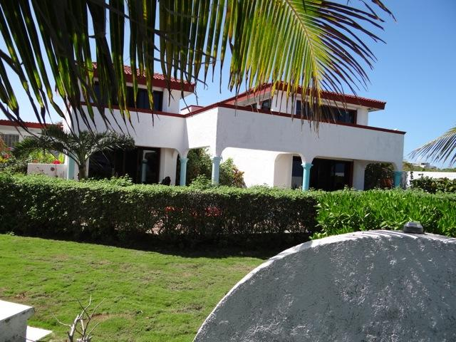 Spacious Oceanview Studio-Casa Mar Turquesa - Image 1 - Isla Mujeres - rentals