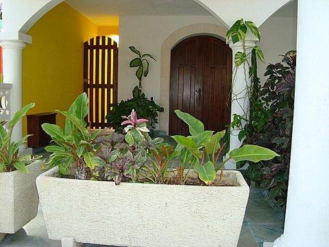 Front Porch - Old Mexico Style, Four Bedrooms, Pool-La Hacienda - Isla Mujeres - rentals