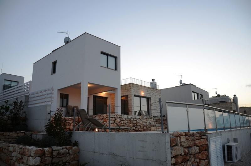 E30 Villa Imogine - Image 1 - Latchi - rentals