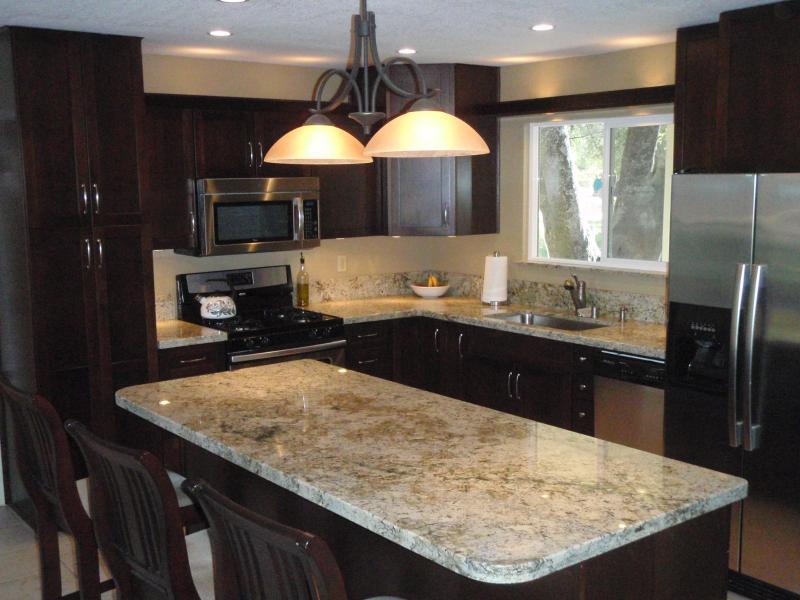 Gourmet Kitchen - Yosemite's Black Oak Ranch - Pool & Gameroom! - Mariposa - rentals