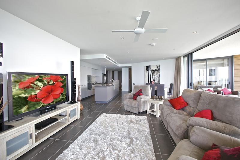 Mon Komo lounge & living area - Mon Komo - Redcliffe - rentals