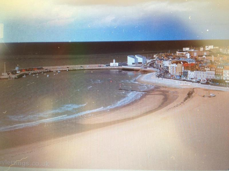 Margate Main Sands beach and the Turner Contemporary Gallery on the Harbour Arm from Bedroom 2 - Dreamland Lets seaside self-catering, Margate Kent - Margate - rentals