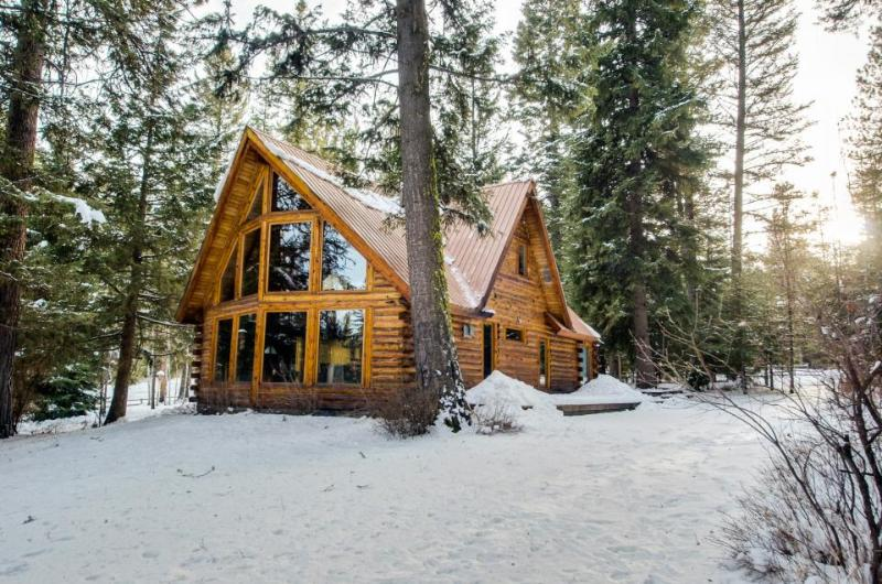 Private log cabin and up to 7 guests! - Image 1 - McCall - rentals