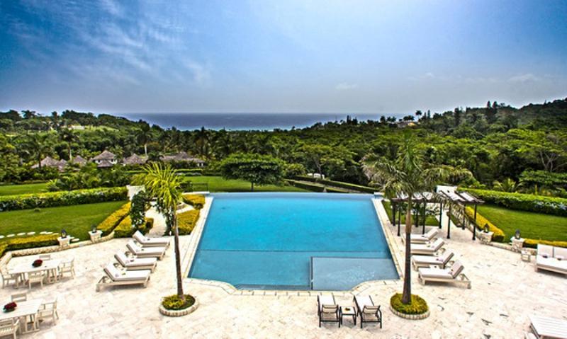 PARADISE TIN - 84509 - VACATIONERS PARADISE | 5 BED VILLA | PRIVATE POOL | MONTEGO BAY - Image 1 - Montego Bay - rentals