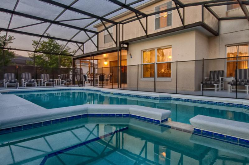 Jasmine Villa with 5 Bedrooms and a Hot Tub - Image 1 - Kissimmee - rentals