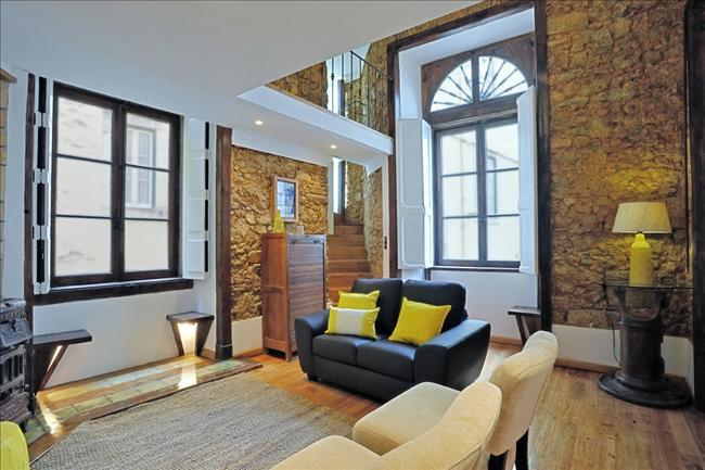 Travessa I -charming, authentic, in the heart of the historic center - Image 1 - Lisbon - rentals