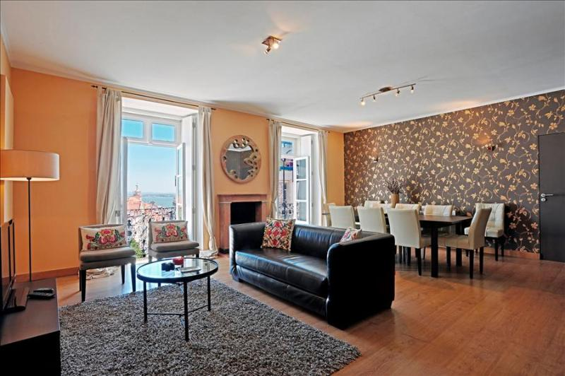 Chiado Trindade I+II -spacious, fantastic view , beautiful, in incredible location - Image 1 - Lisbon - rentals