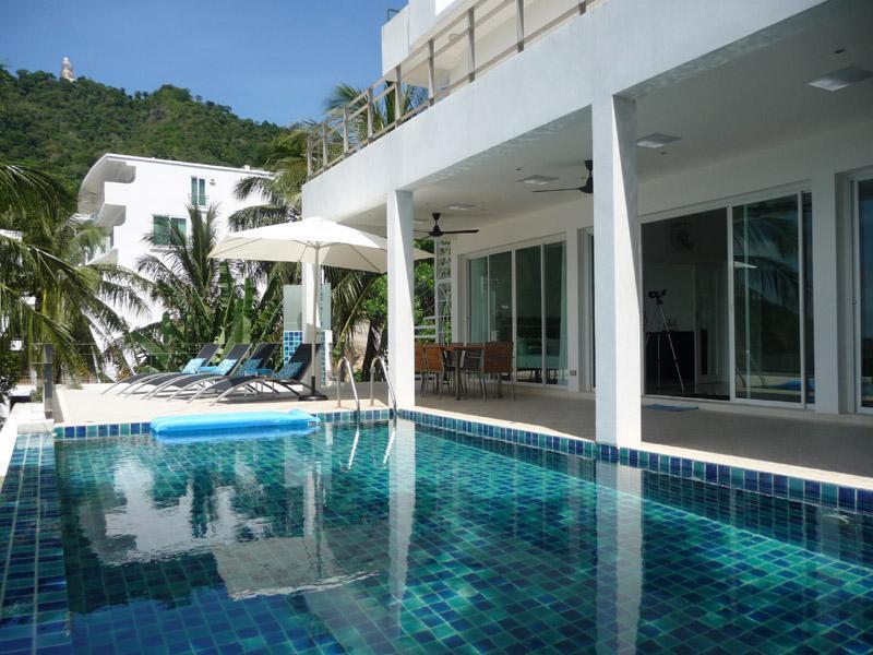 Swimming pool and terrace - Amazing 5-bedroom pool villa stunning seaview Kata - Kata - rentals