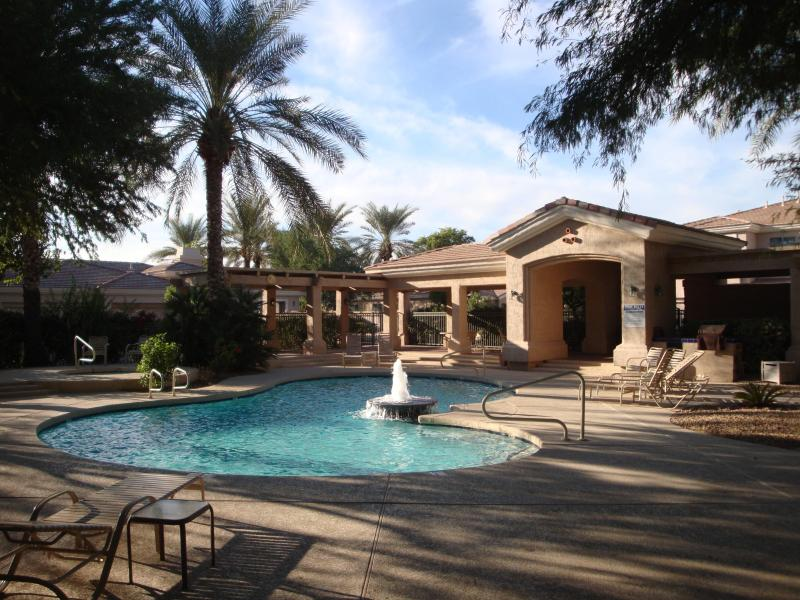 View from the lovely pool area. - Groundfloor Central Upscale Scottsdale Gated Condo - Scottsdale - rentals