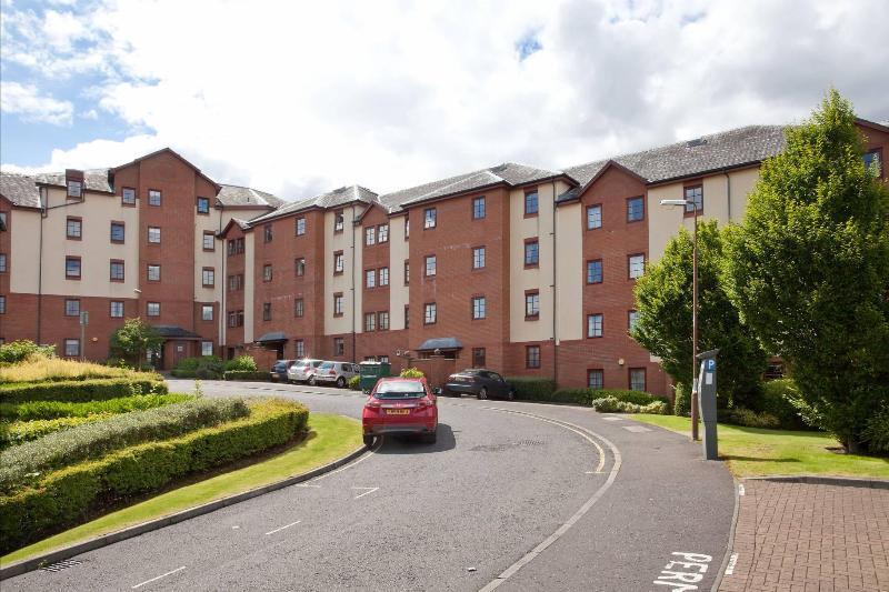 Exterior 1 - Orchard Brae Avenue apartment 2 - Edinburgh - rentals