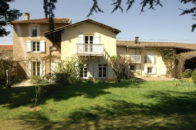 Front of property - Grand Gîte Entre Lyon et Beaujolais-Swimming pool - Quincieux - rentals