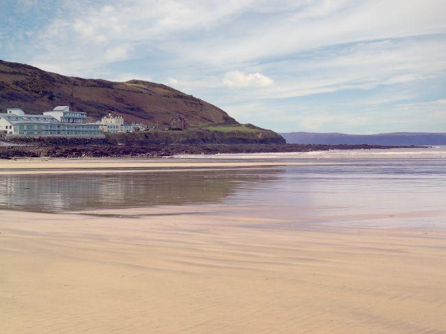 View from beach towards the apartments - NASSB - Westward Ho - rentals