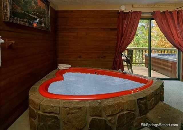 Romantic Seclusion in Pigeon Forge - Close To Everything! - Image 1 - Pigeon Forge - rentals