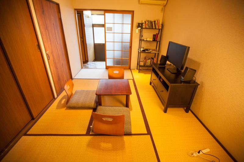 Living room - Japanese style town House One Stop from Kyoto Stat - Kyoto - rentals