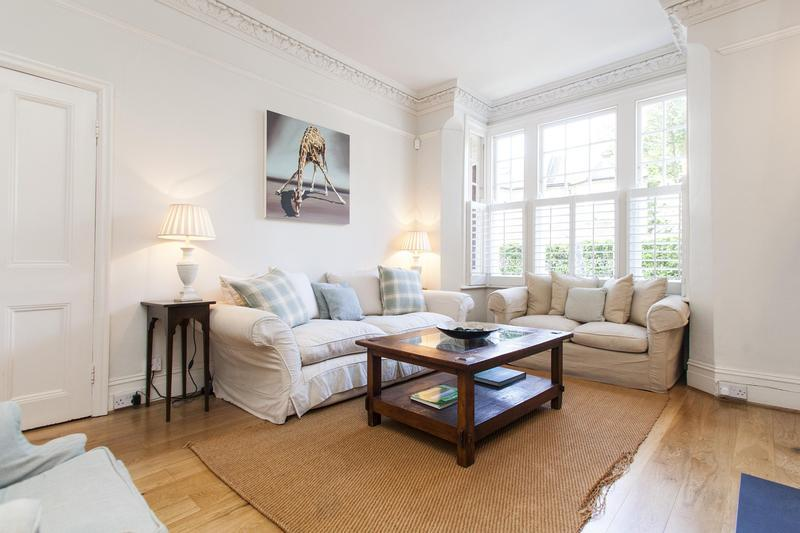 Crieff Road Vacation Rental in London - Image 1 - London - rentals
