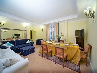 Another view of living room - Pantheon and Navona charming 6 bedrooms 15 sleeps - Rome - rentals