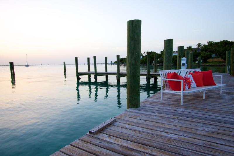 Sunset Harbour Estate Private Dock - The Hideaway, a Magical Island Retreat - Harbour Island - rentals