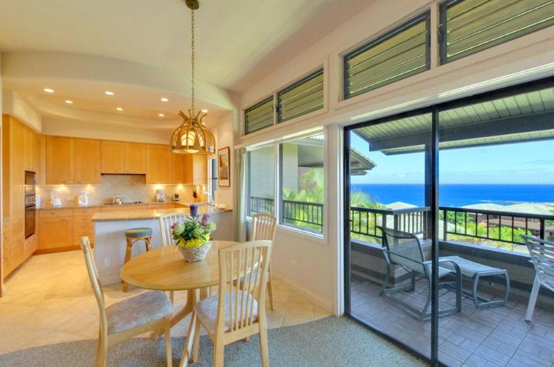 Enjoy paradise from your lanai or inside - Golden Remodel, Luxury Granite & Marble in Kapalua - Lahaina - rentals