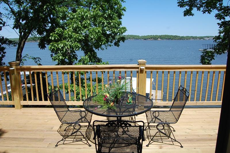 Gorgeous views - Bittersweet Palms - Lake Ozark - rentals