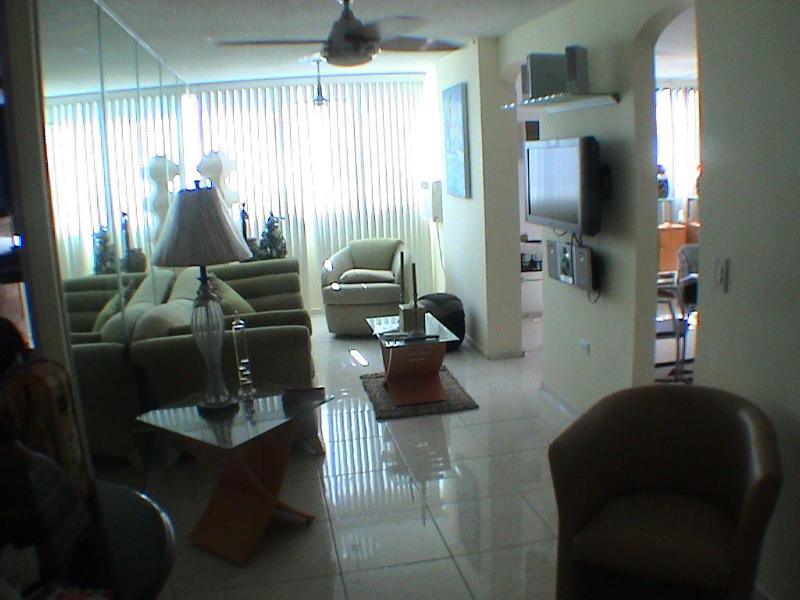 LIVING ROOM - Magnificient 2 Bedroom /2 Bath In Condado, PR - San Juan - rentals