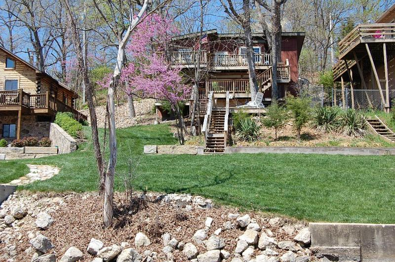 View from Lake of Treehouse and Shoreline - Enjoy the Fall Colors OFF SEASON RATES - Lake Ozark - rentals