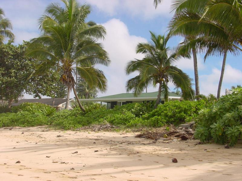 Beachfront House in North shore - Haleiwa, Hawaii - Image 1 - Haleiwa - rentals