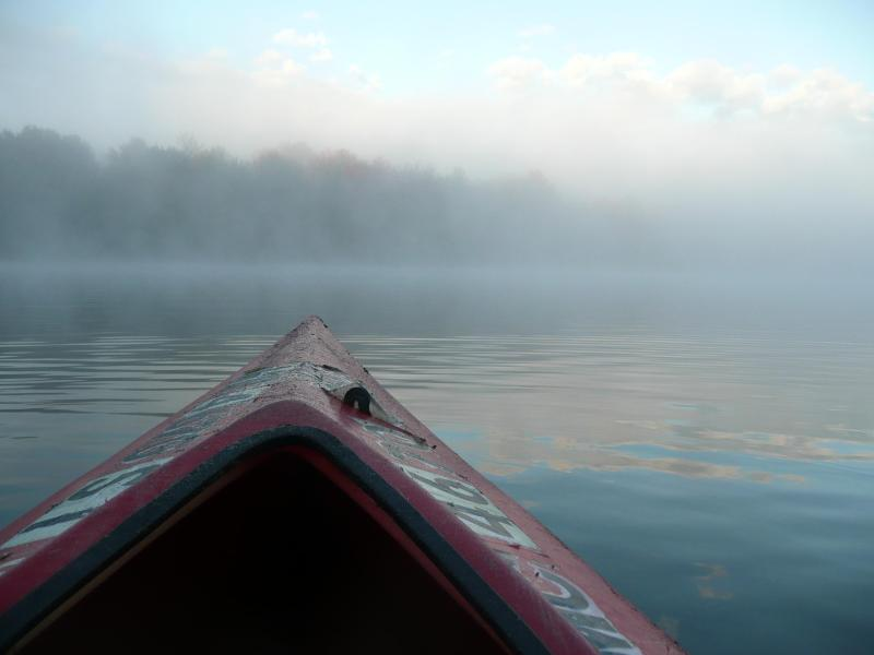 An early morning kayak ride through the mist - $50 off Spa Deal & Free Champagne@Toasty Lake Home - Central Lake - rentals