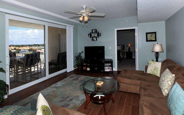 Living room (alternative view). - $ummer $pecials- OPUS #405 - Ocean/River View - Daytona Beach - rentals