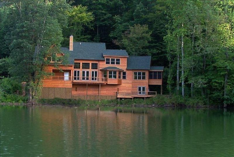 view from lake - Lake Santeetlah House Nestled in Smoky Mountains - Robbinsville - rentals