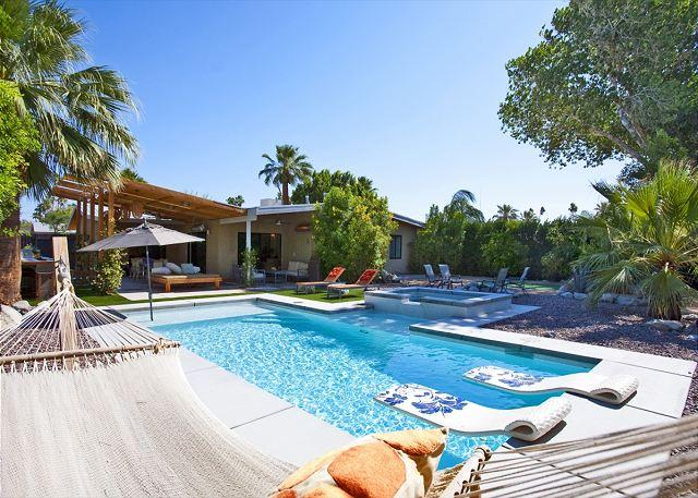 Hammock and Pool - Atomic Ranch Heaven ~ALL INCLUSIVE 4NT (11/29-12/3 ONLY) $1595-CALL - Palm Springs - rentals