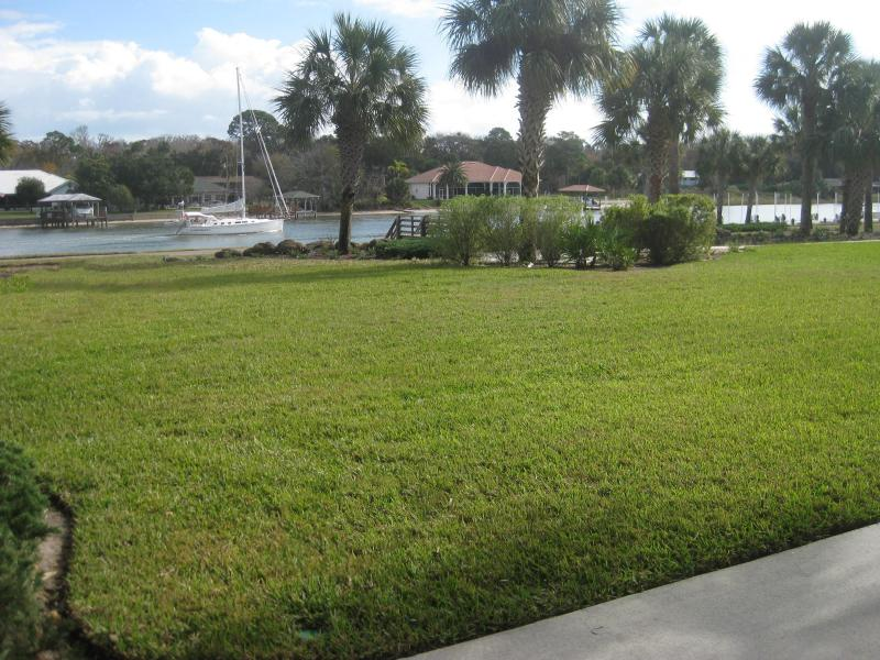 Sit back relax and watch the boats go by! - Canopy Walk 1St Floor Vacation Rental Condo - Palm Coast - rentals
