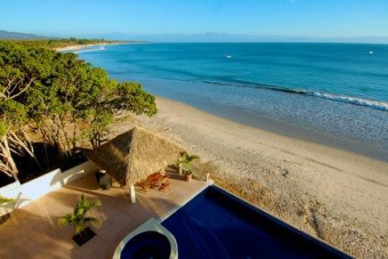 View from Balcony - Absolute beachfront luxury condo w Infinity Pool. - Punta de Mita - rentals
