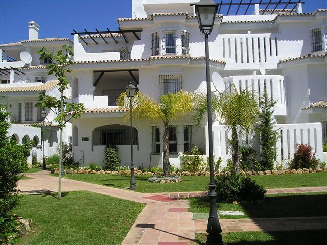Front side of our ground foor apartment, main terrace, living room and utilities area - Spacious 2 bedr. ground floor apartment Marbella. - Malaga - rentals