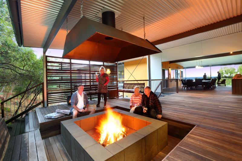 Evenings beside the fire pit - EXCLUSIVE ALL-INCLUSIVE FULLY CATERED LODGE - Fraser Island - rentals