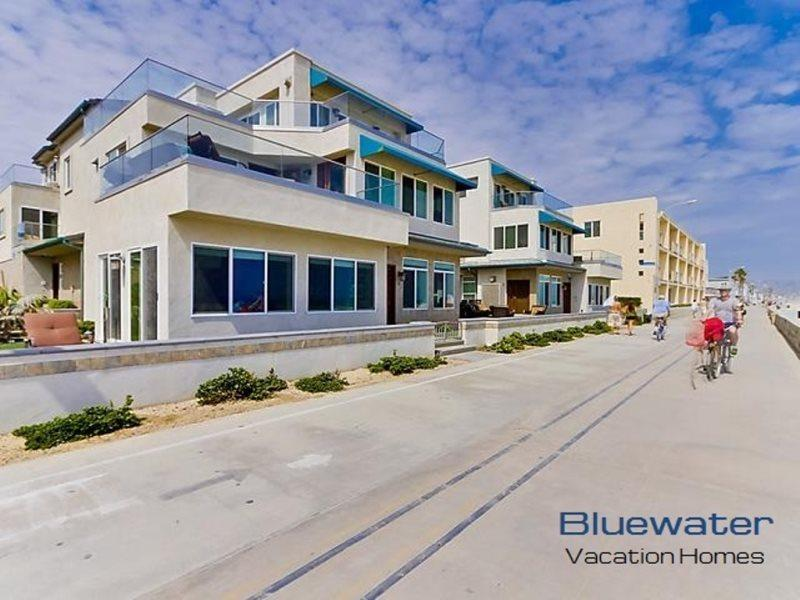Oceanfront, ground floor on the Mission Beach boardwalk - Bluewater Ocean Front One North - Pacific Beach - rentals