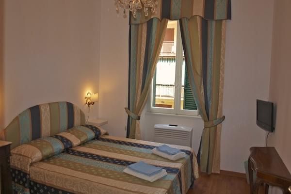 CR653m - Vatican 3 bedrooms - Image 1 - Rome - rentals