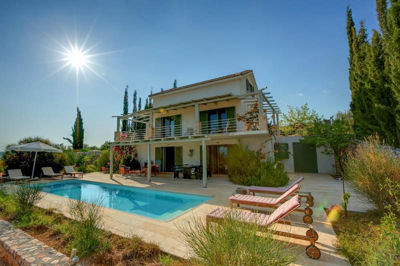 Ideales Resort villa Asterias - Image 1 - Trapezaki - rentals
