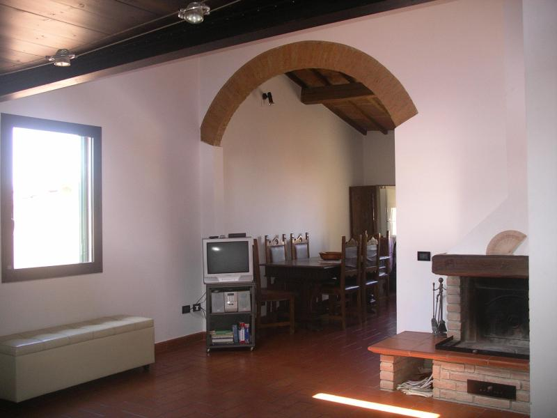 Bright attic in the historical center of Florence - Image 1 - Florence - rentals